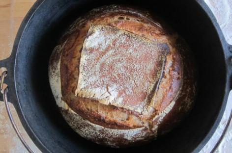 Pane senza impasto nel Dutch Oven