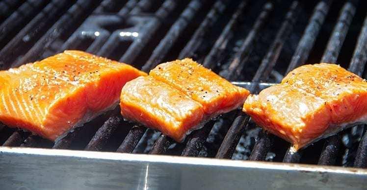Tranci di salmone alla griglia