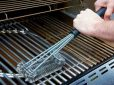 Come pulire il barbecue: gas e carbone