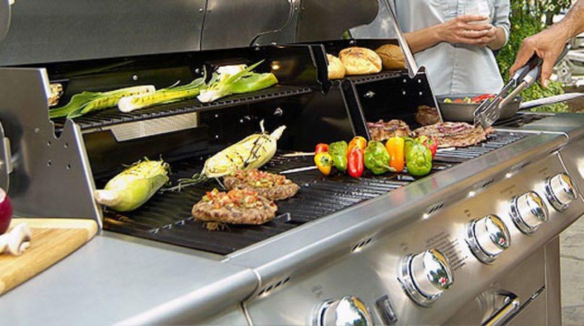 Barbecue a gas: la guida completa all'acquisto