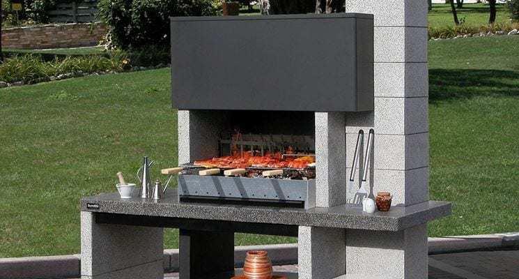 Barbecue in muratura il simbolo della grigliata all 39 italiana - Camino da esterno ...