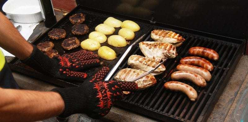 guanti termoresistenti per barbecue e forno