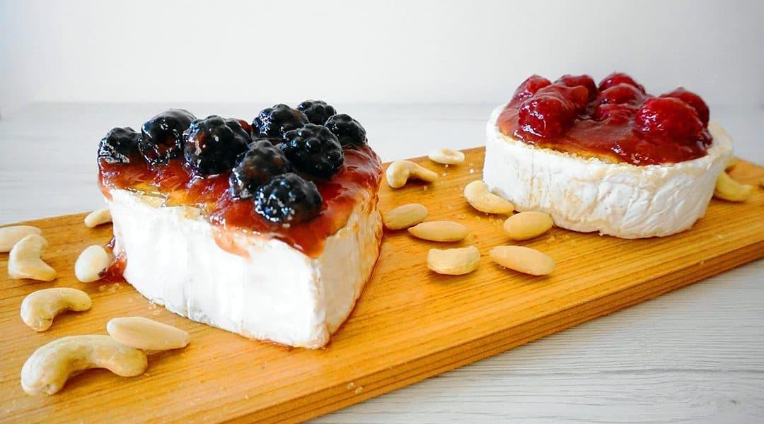 formaggio su tavoletta di cedro