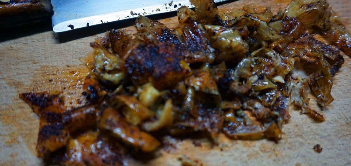 Pelle del pollo grigliata