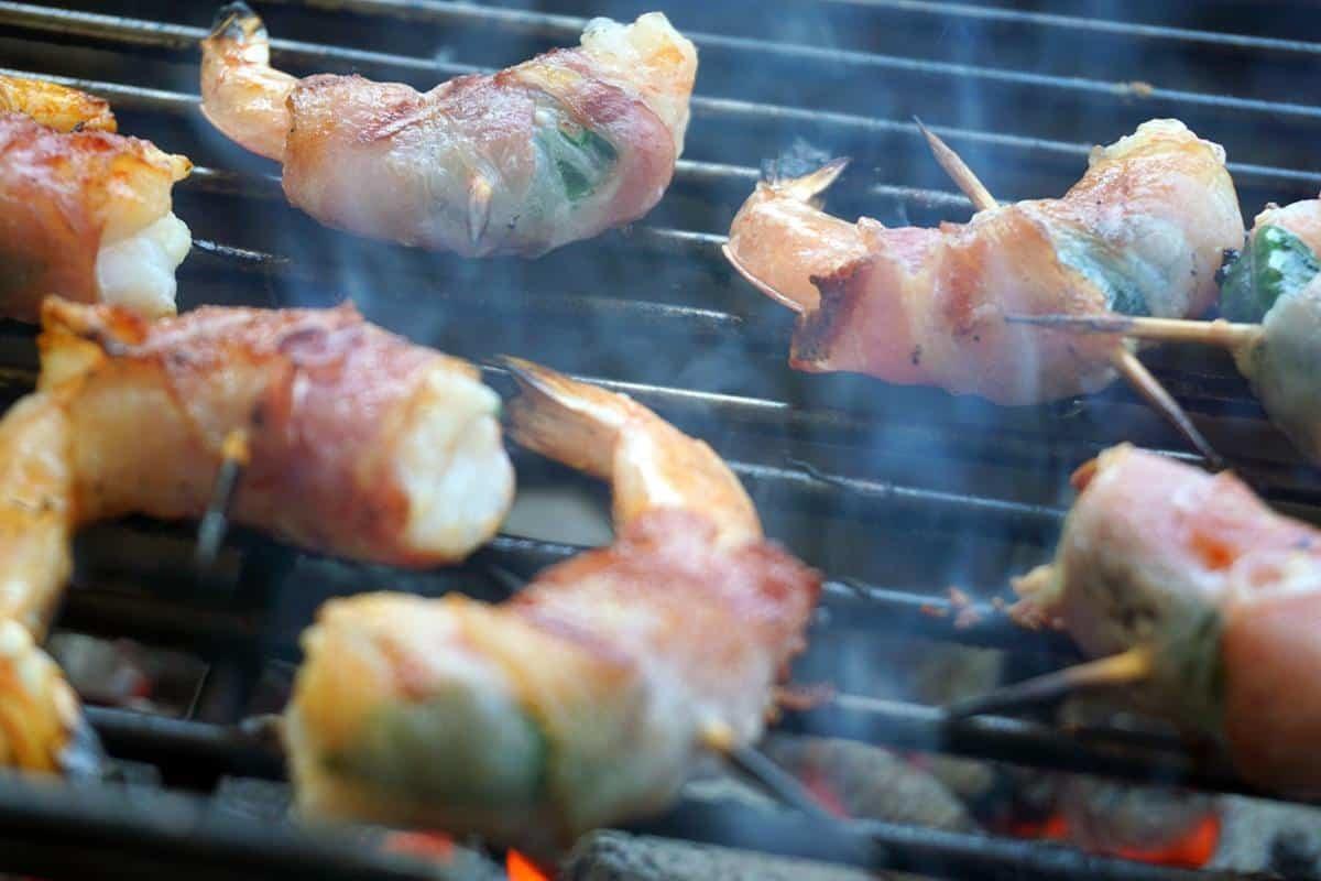 gamberi alla griglia avvolti nella pancetta